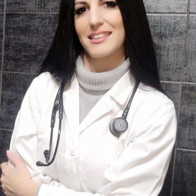 Al lavoro a studio - Dott.ssa Valeria Galfano